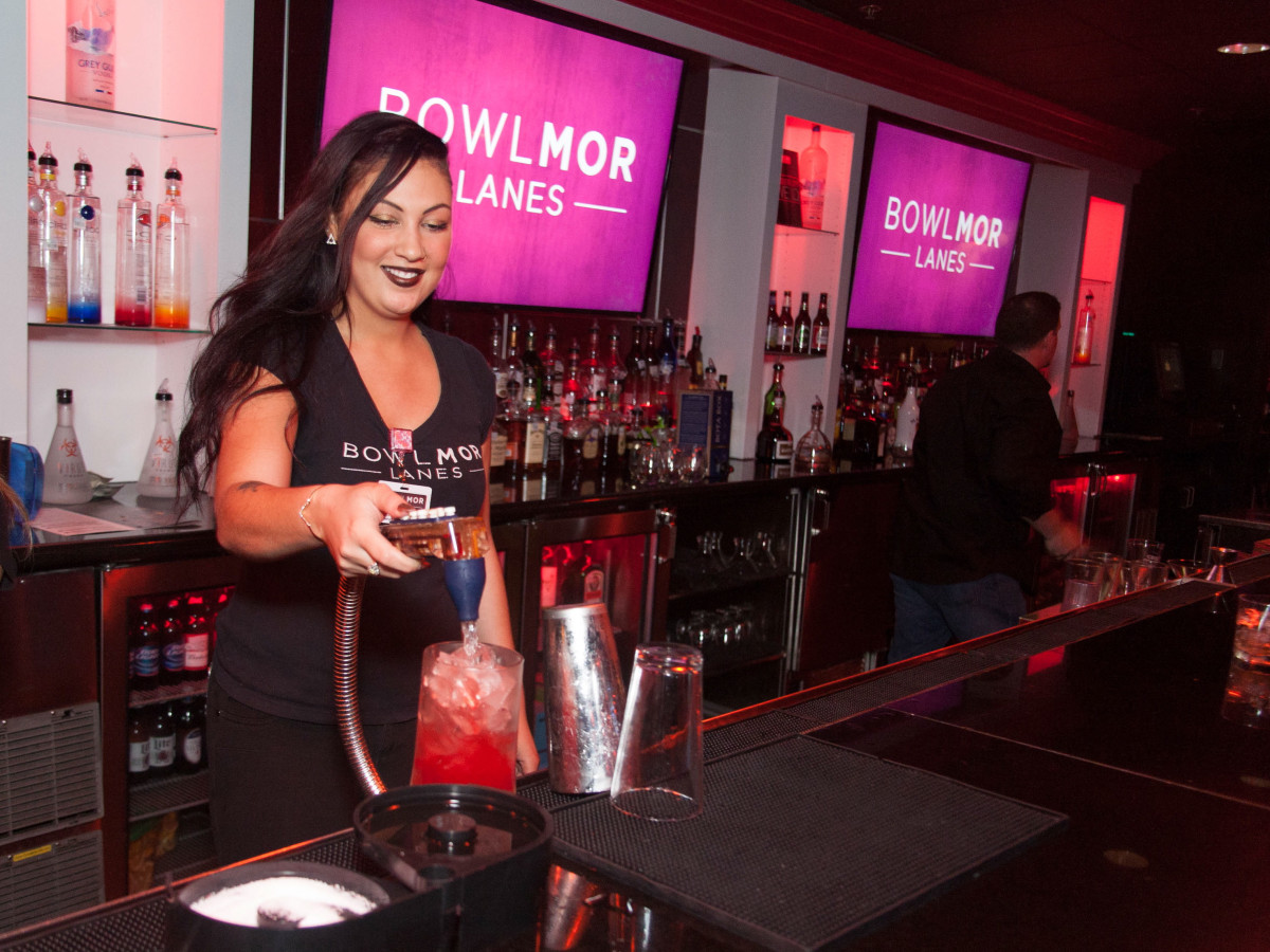Bowlmor Lanes reopening bowling bar