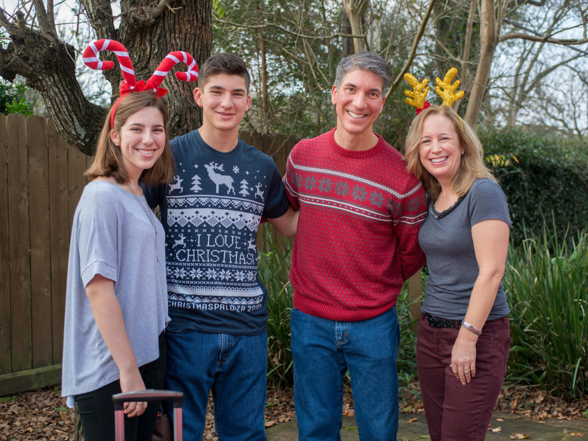 News, Mission of Yahweh Christmas, Dec. 2015, Elizabeth Patridge, Jonathan Partridge, Lee & Karen Partridge