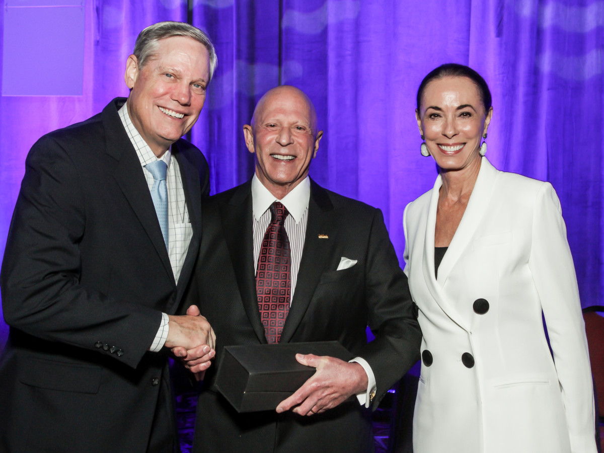 News, National Philanthropy Day Awards, Dec. 2015, Corbey Robertson, Lester Smith, Sue Smith