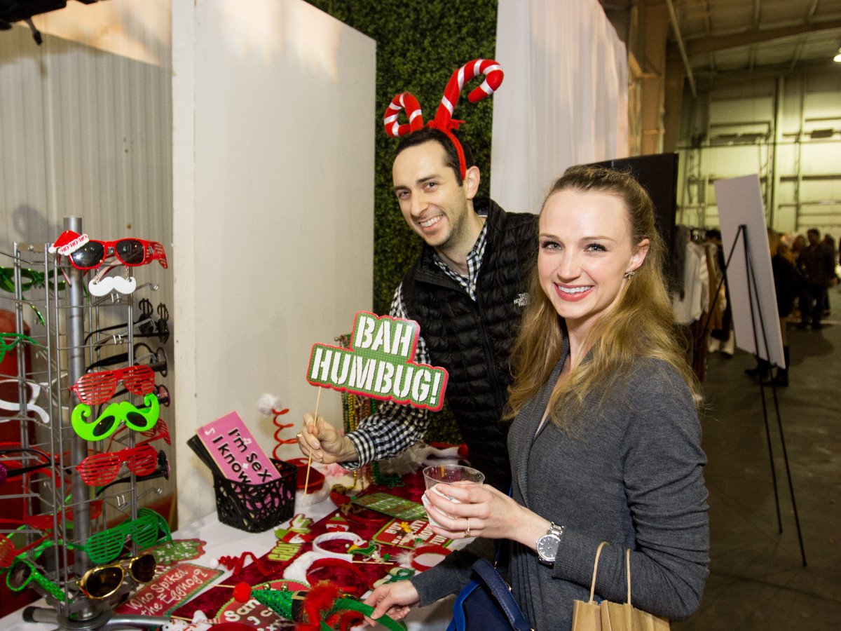 News, CM Holiday Pop-Up Shop, Dec. 2015, Jenna Howe, Evan Tracy
