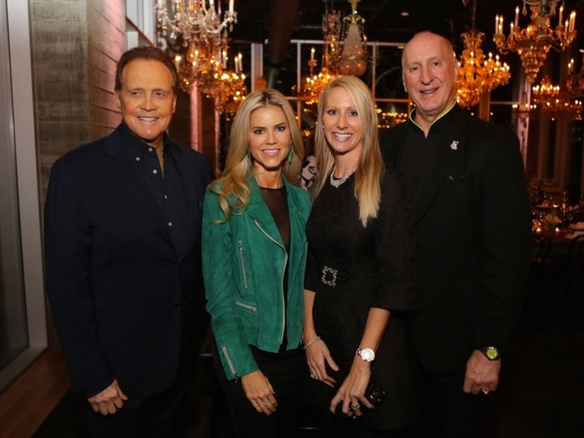 News, Equinox Opening Dinner, Dec. 2015, Lee Majors, Faith Majors, Laurie Krohn, Tracy Krogn