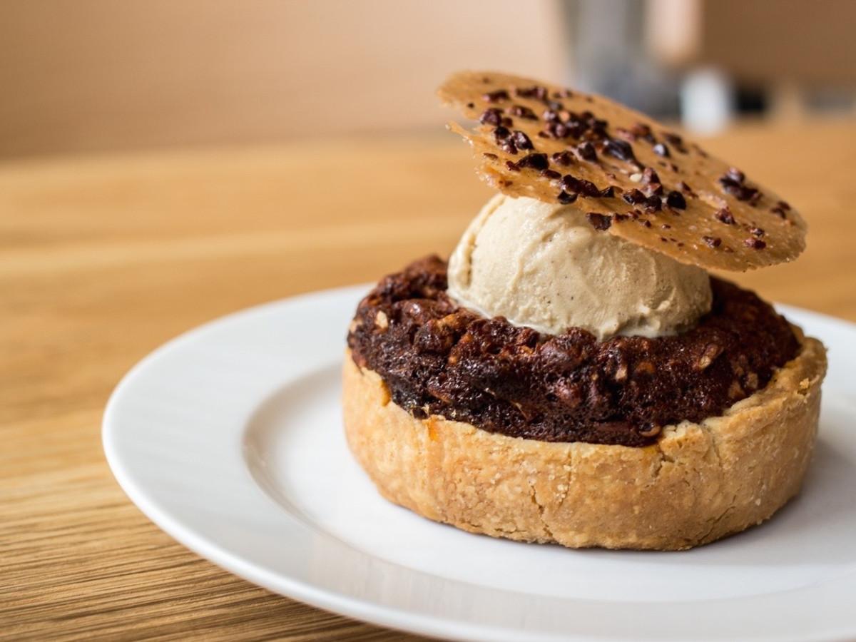 Bernadine's pecan pie