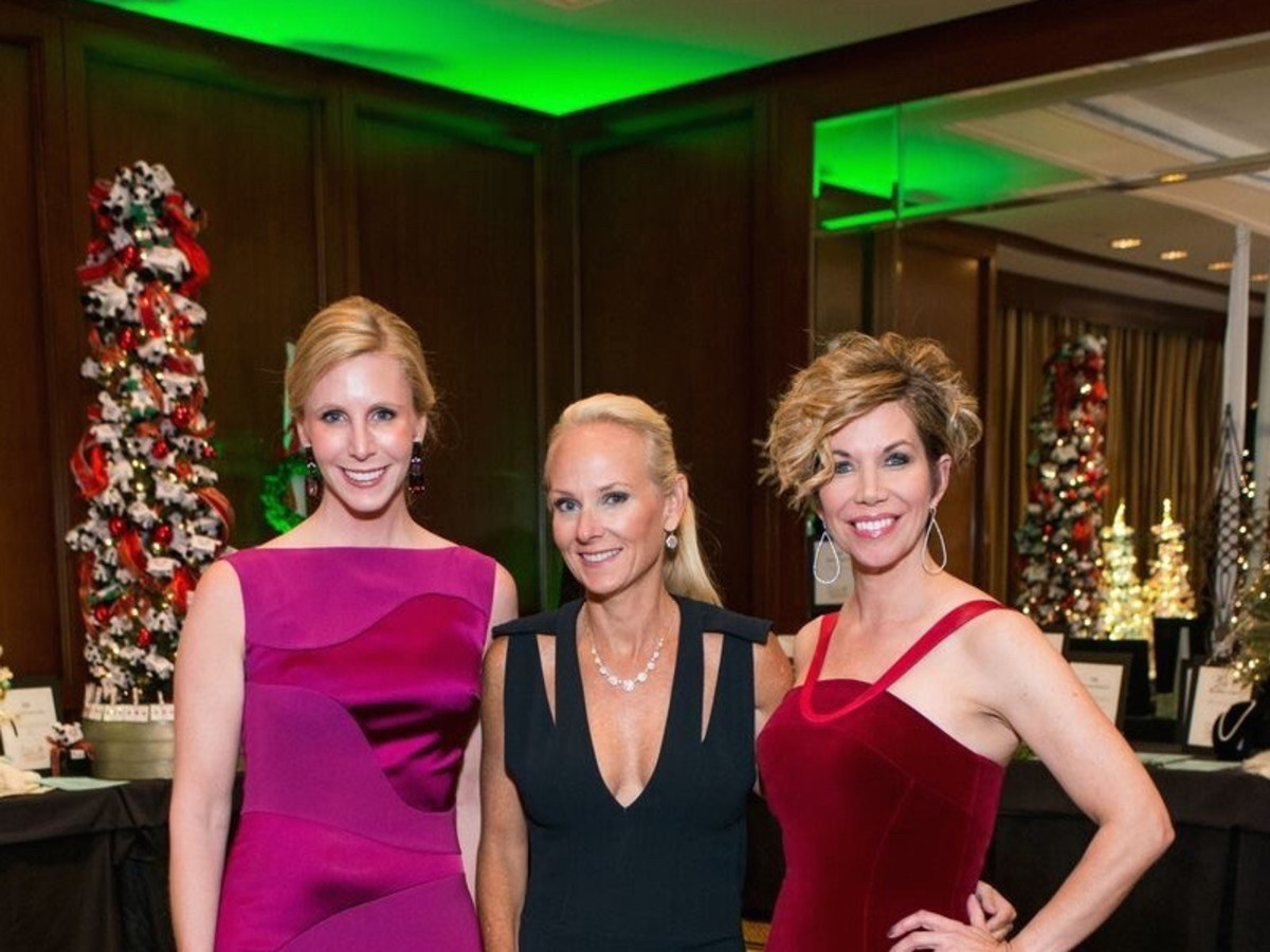 News, Shelby, Trees of Hope, Nov. 2015 Heather Holmes, Melanie Rothwell, Roseann Rogers