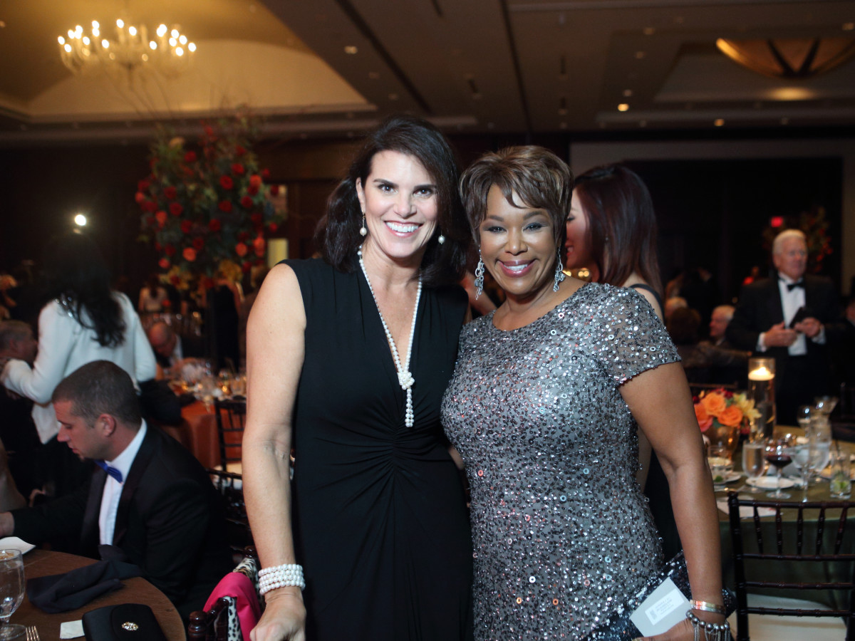 News, Shelby, Women's Home gala, Nov. 2015, Lisa Maloskey, Deborah Duncan