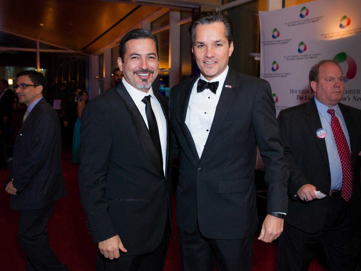 News, Shelby, Hispanic Chamber gala, Nov. 2015, Jesse Saldivar, Jay Guerrero