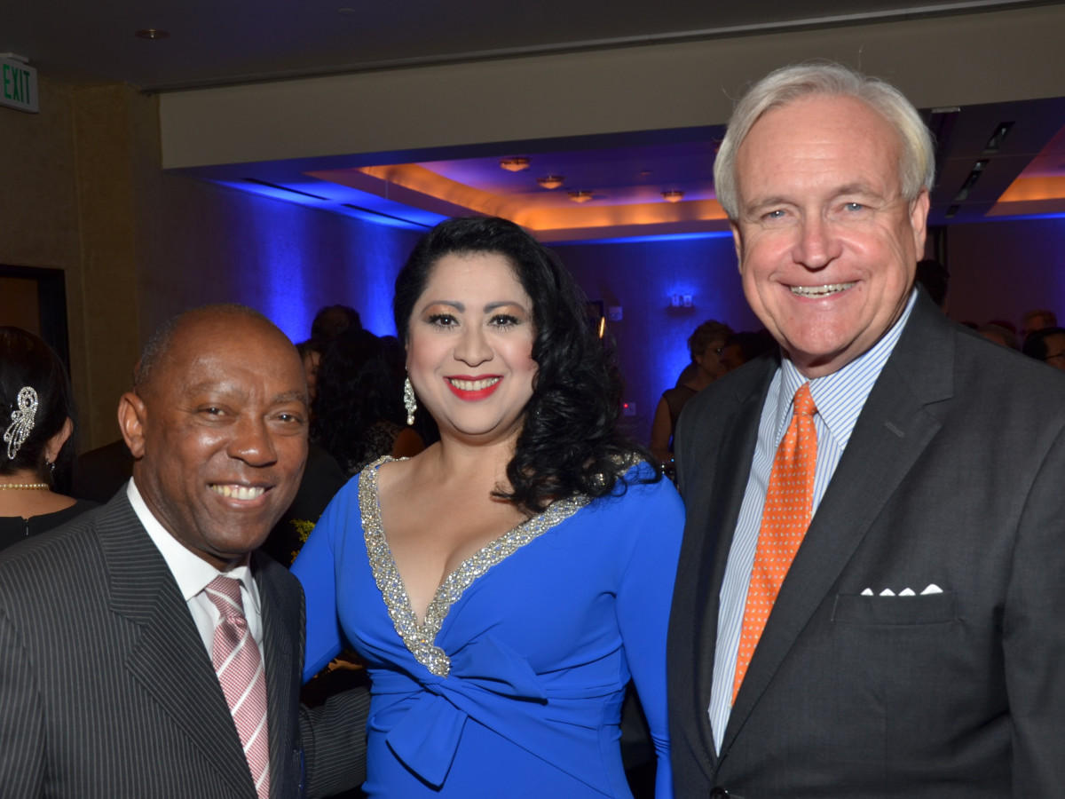 News, Shelby, Hispanic Chamber gala, Nov. 2015, Sylvester Turner, Laura Murillo, Bill King