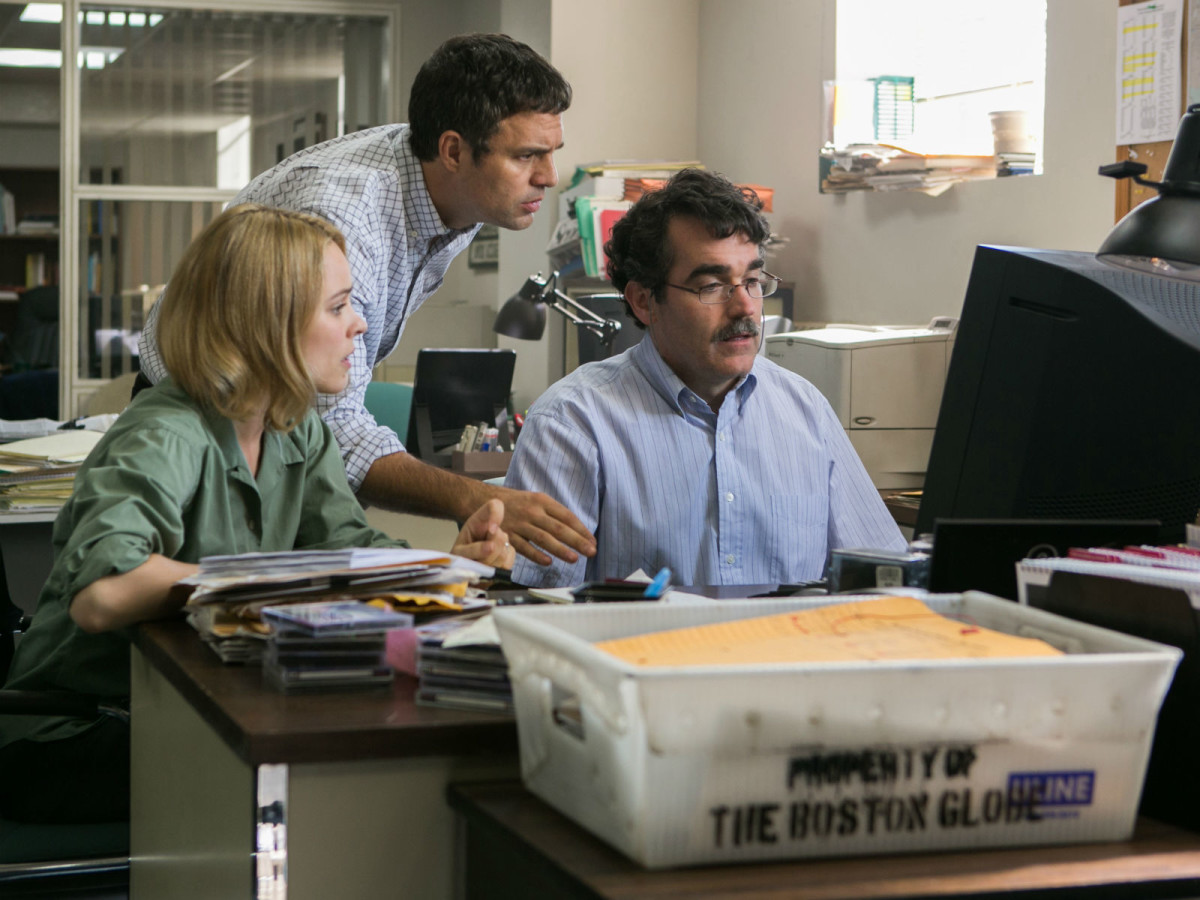 Rachel McAdams, Mark Ruffalo, and Brian d'Arcy James in Spotlight