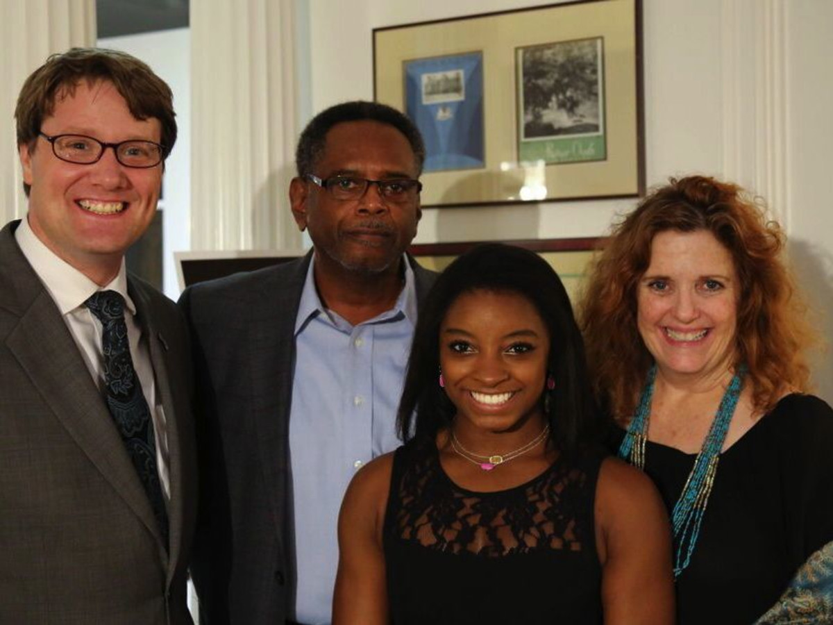 News, Shelby, Simone Biles reception, Nov. 2015, Jonathan Sandys, Ronald Biles, Simone Biles, Ann Becker