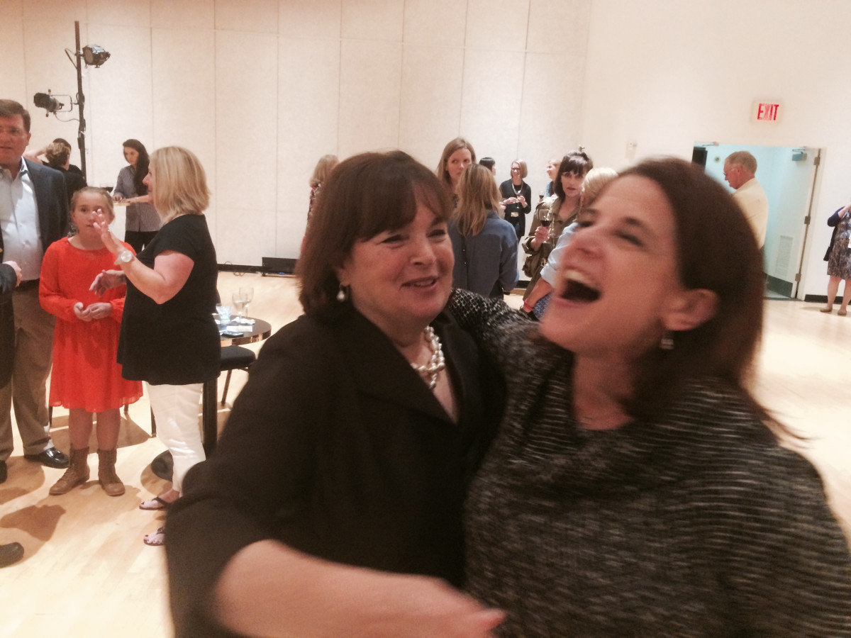 Ina Garten and fans at Society for the Performing Arts