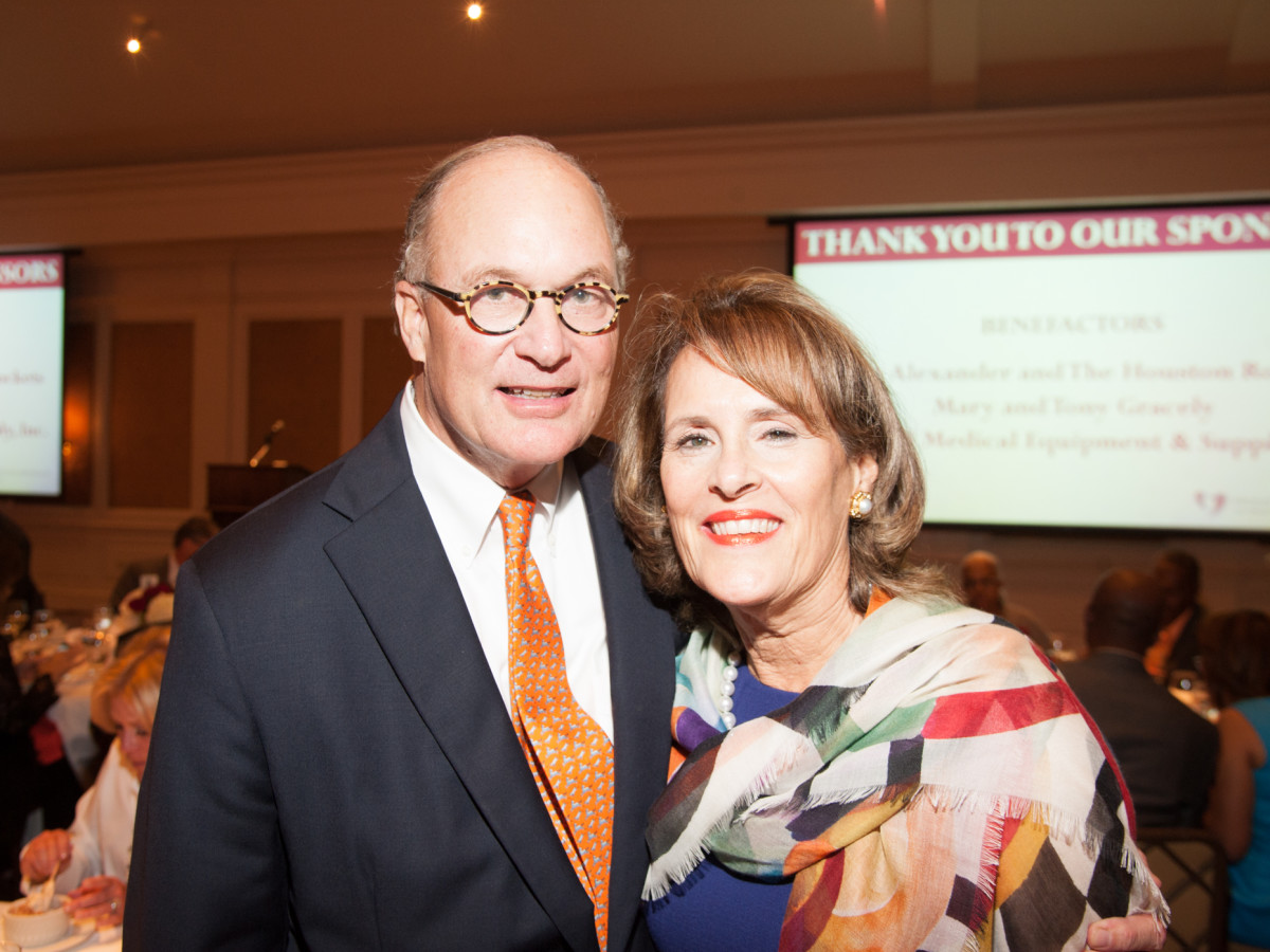 News, Shelby, Hospice Dinner, Oct. 2015, Peter Wareing, Elizabeth Wareing