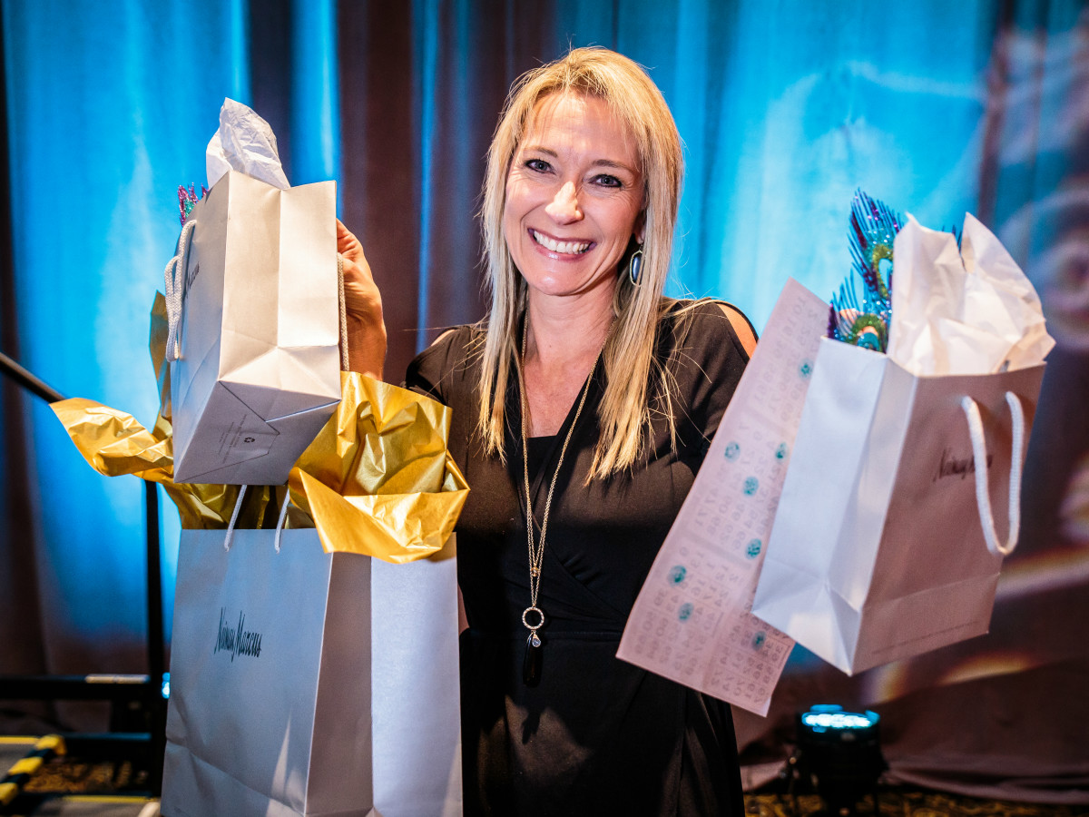 PlayBingo Ladies Luncheon Lisa McEntire October 2015