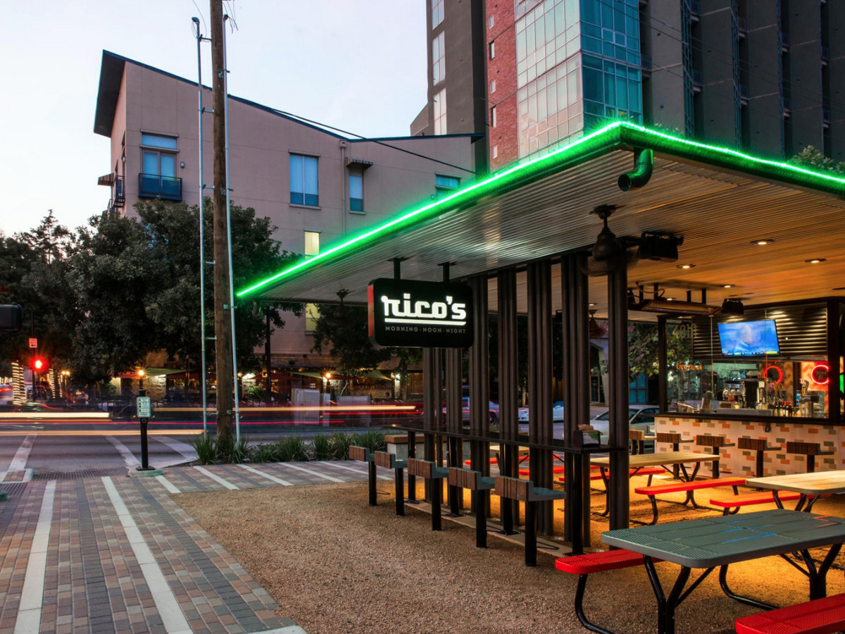 Houston, Rico's Midtown, October 2015, patio