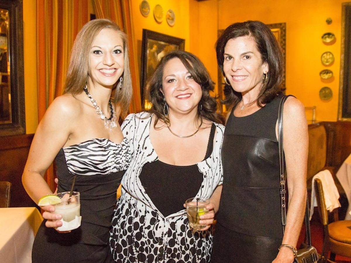 News, Shelby, Beth Muecke b'day, Oct. 2015 Chloe Nieto, Elise Nieto, Marian Cisarik