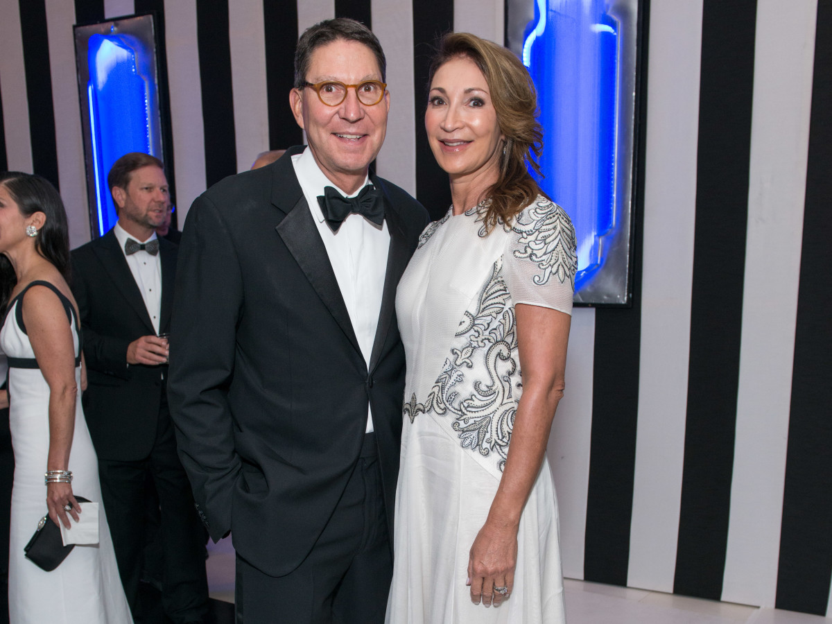 News, Shelby, Museum of Fine Arts gala, Oct. 2015, Scott McClelland, Soraya McClelland