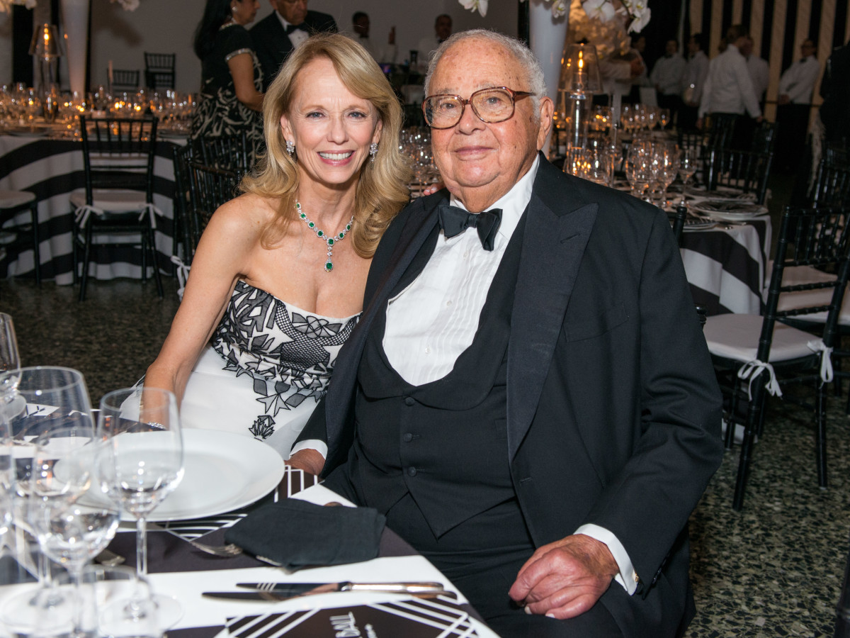 News, Shelby, Museum of Fine Arts gala, Oct. 2015, Susan Sarofim, Fayez Sarofim