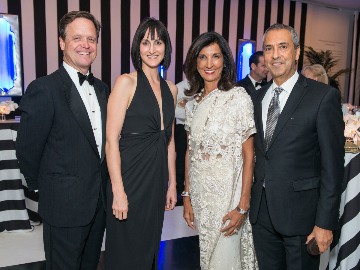 News, Shelby, Museum of Fine Arts gala, Oct. 2015,Christopher Gardner, Emily Church, Sultana & Moez Mangalji