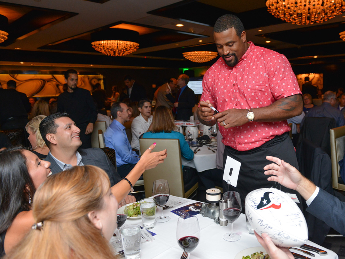 Arian Foster charity dinner Morton's Duane Brown
