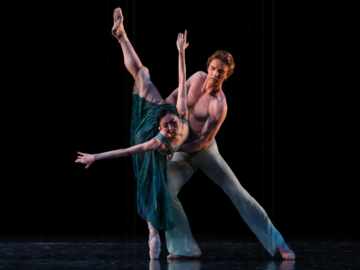 Yuriko Kajiya and Linnar Looris in Houston Ballet Tapestry