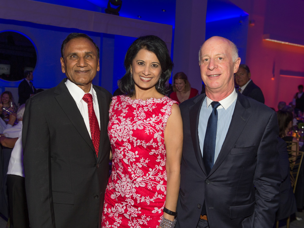 News, Shelby, Gerald Hines 90th birthday, Sept. 2015, Suresh and Renu Khator, Paul Goldberger
