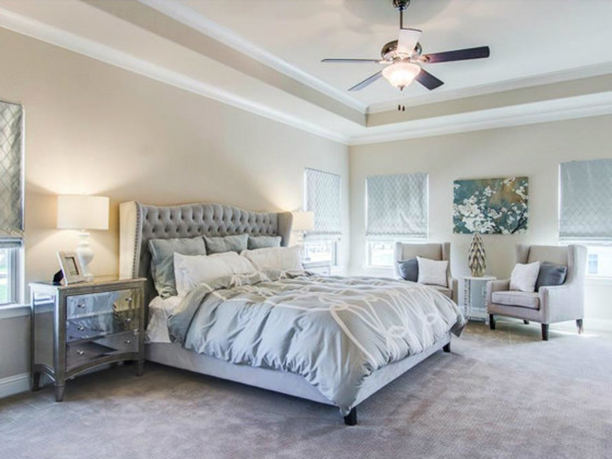 Master bedroom at 2272 Longwood Dr. in Carrollton