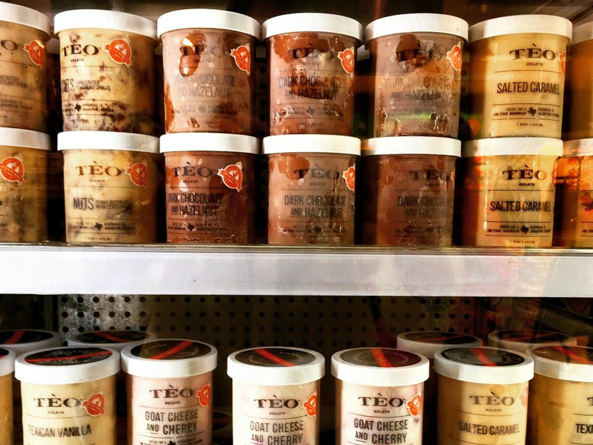 Teo Gelato product shelves brand