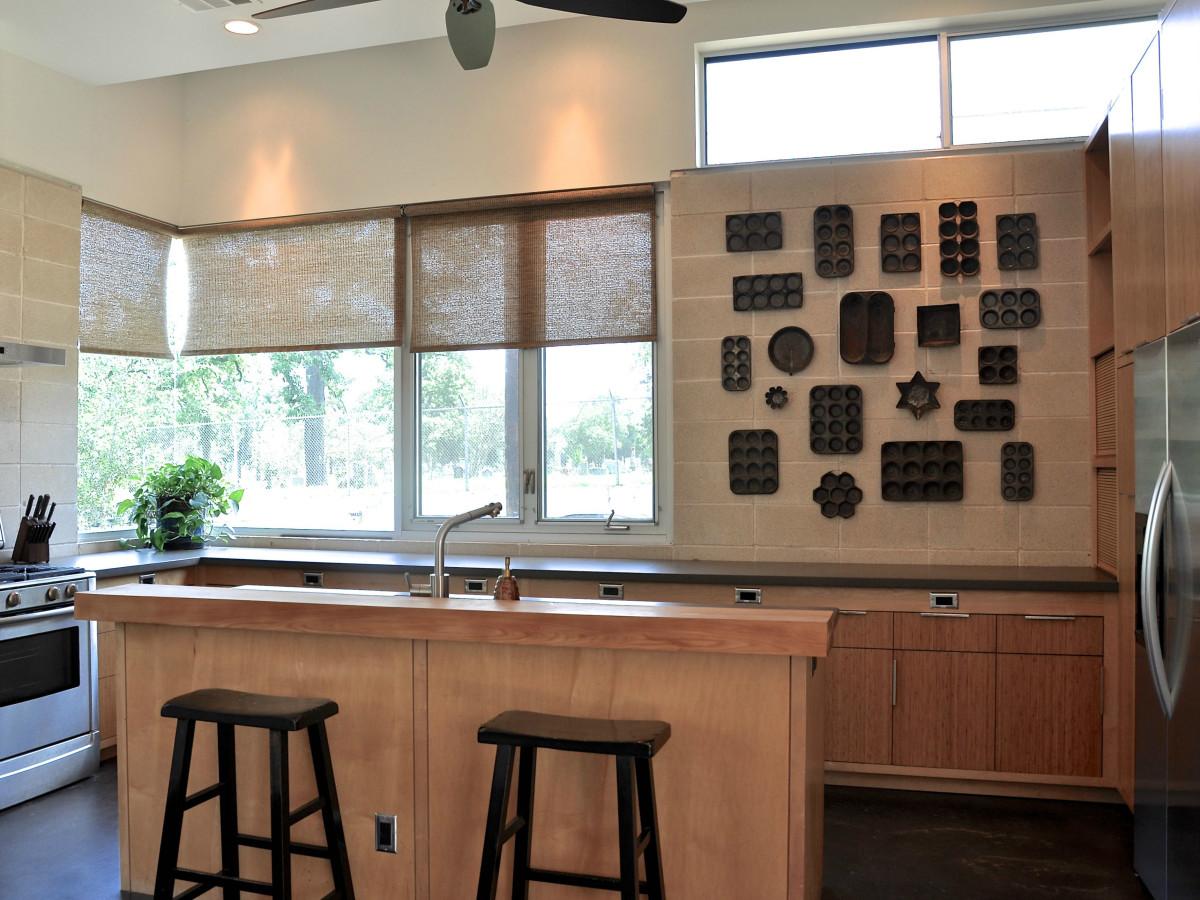 Austin home house 1011 E. 15th St. 78702 2015 kitchen
