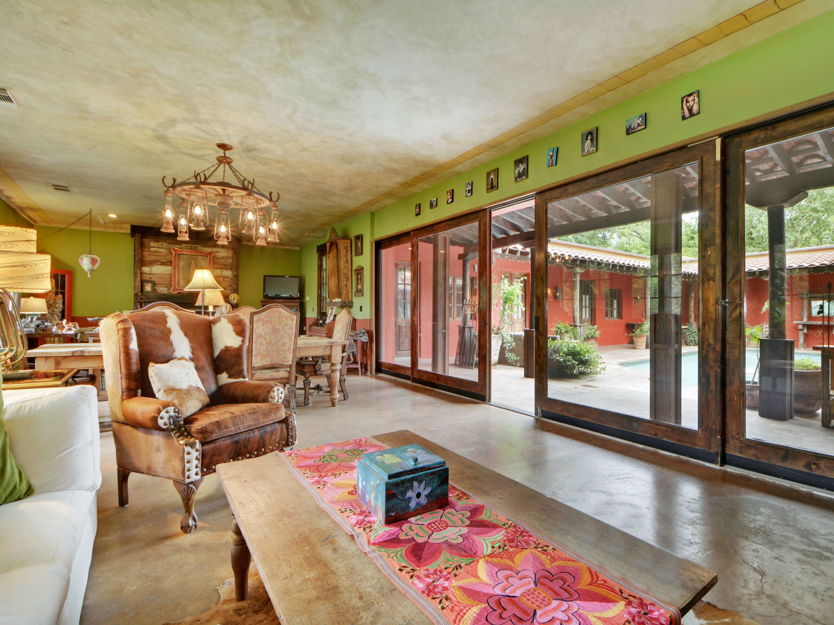2703 De Curto Road House for Sale Living