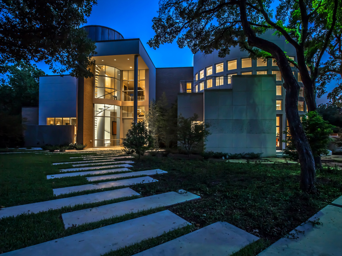 Exterior of project designed by Key Residential in Dallas