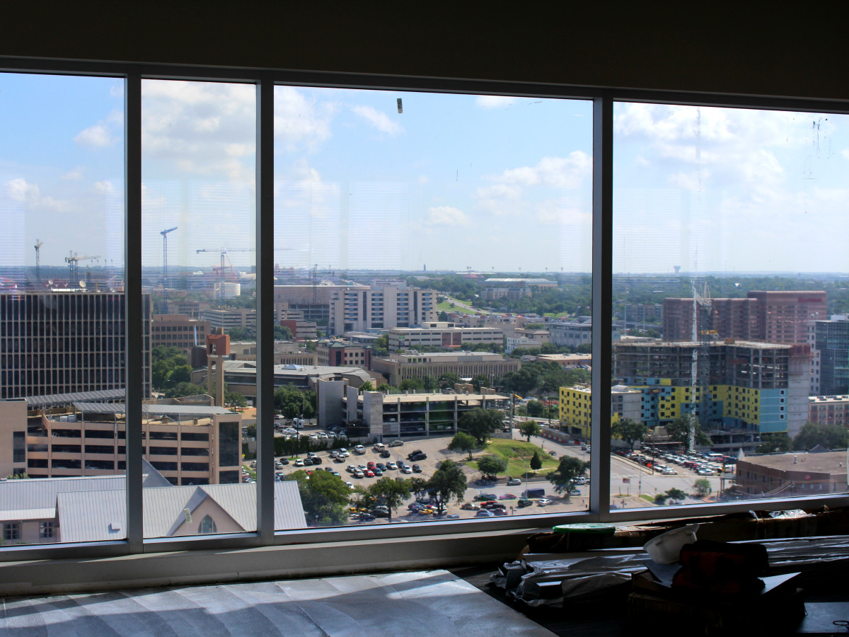 Westin Austin Downtown hotel fitness room gym view 2015