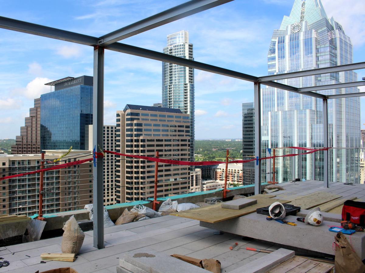 Westin Austin Downtown hotel rooftop bar lounge 2015