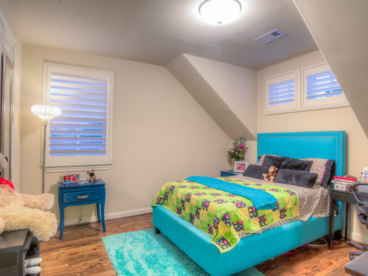 Houston, 1216 Bomar, June 2015, kids bedroom