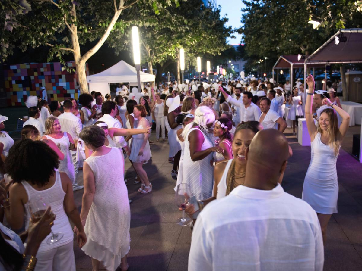 Houston, Diner en Blanc, June 2015, dance floor