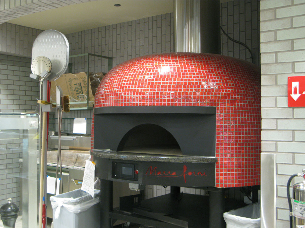 Whole Foods, pizza oven