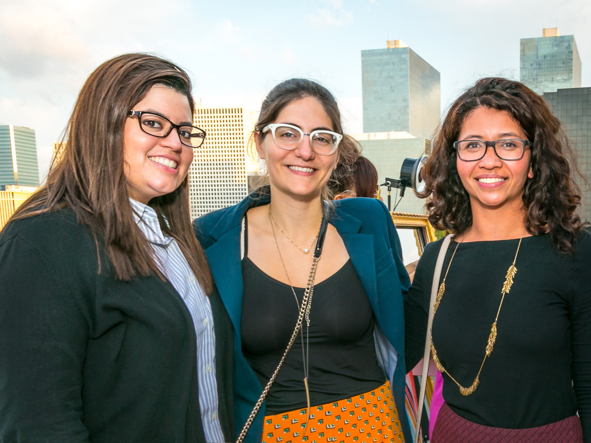 CM Hello Summer Social Erika Courtada, Lara Vartivarian, Tiara Hudya
