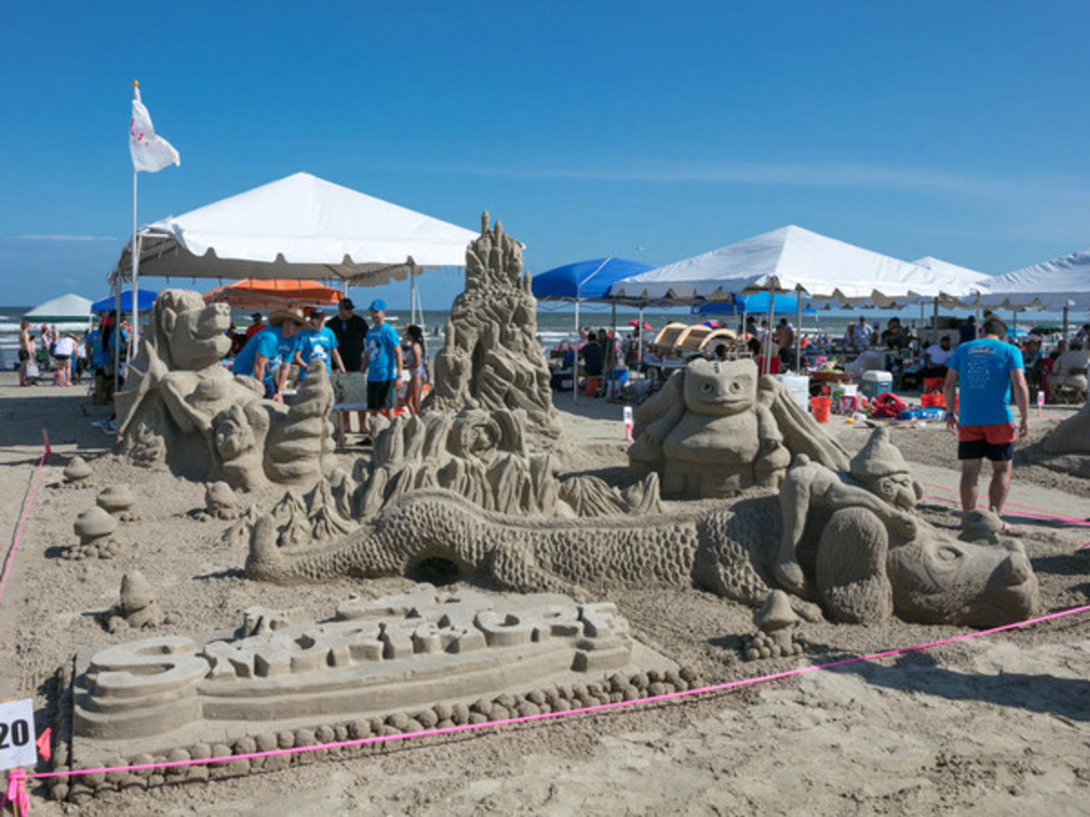Houston, Houzz series, June 2017, Sandcastle contest, Smurf and Turf