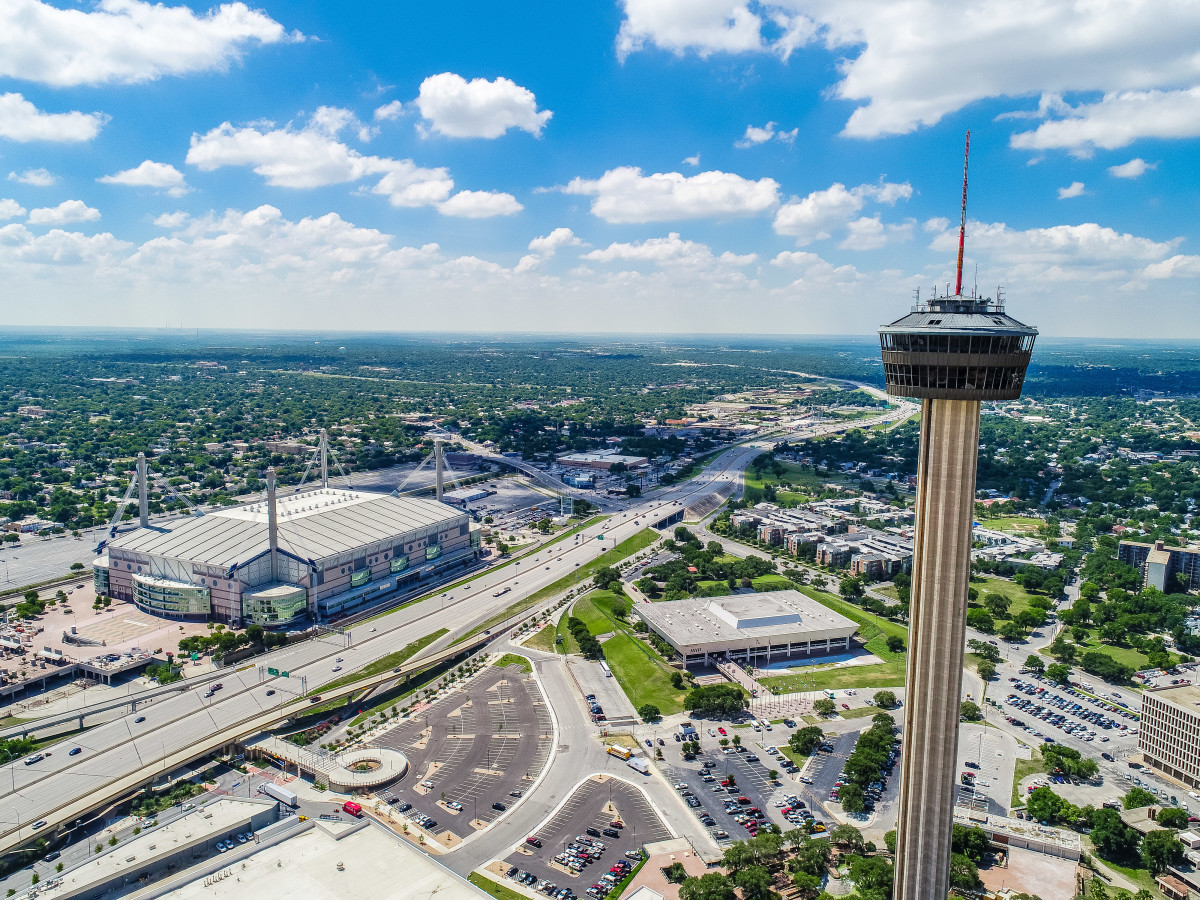 San Antonio_610 E Market St.