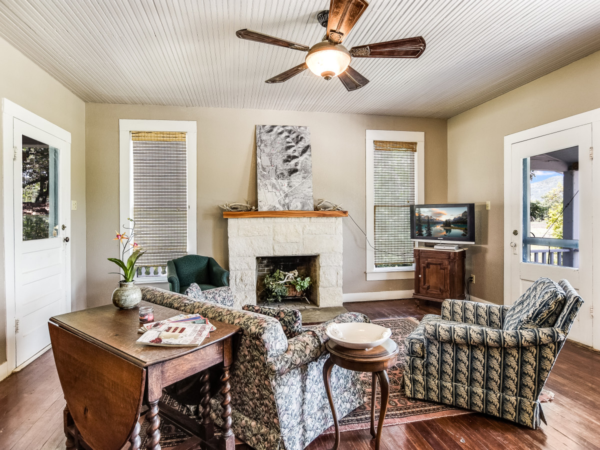 San Antonio house_000 Hwy 83