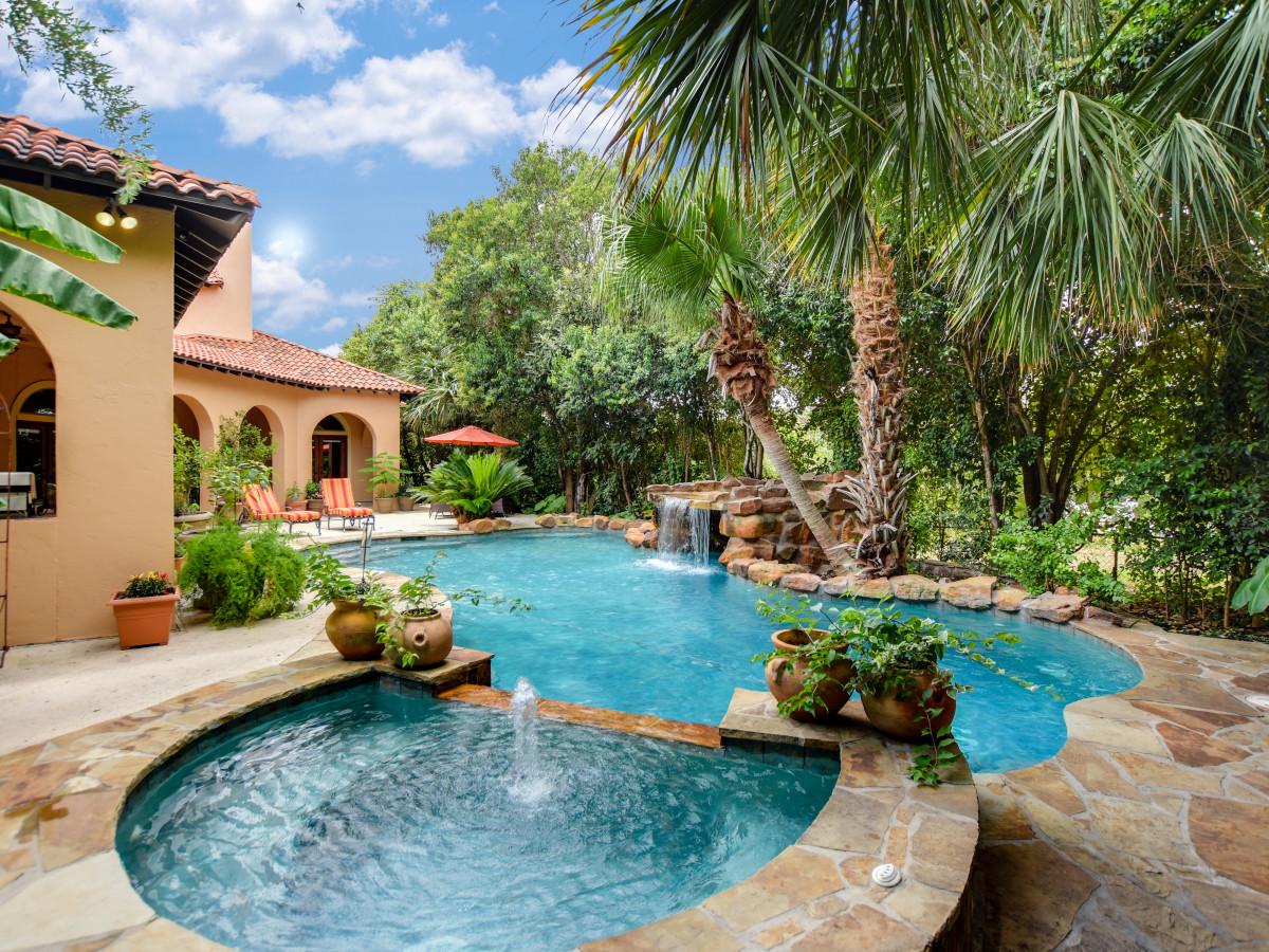 San Antonio house_225 Viesca St