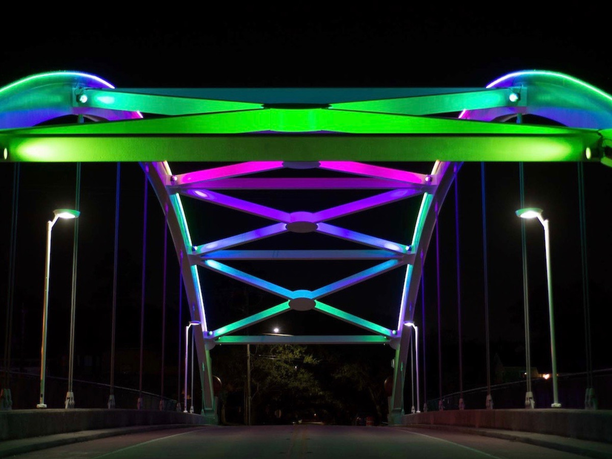 Montrose bridge lights