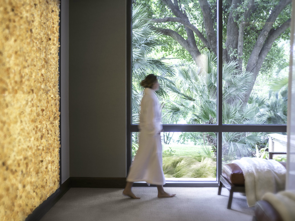 Four Seasons Austin relaxation lounge/spa