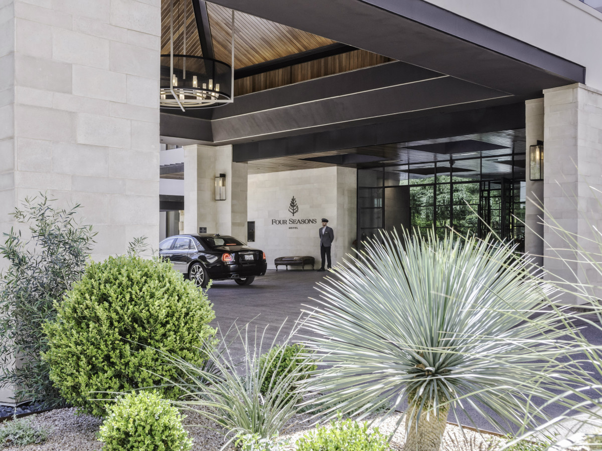 Four Seasons Austin exterior