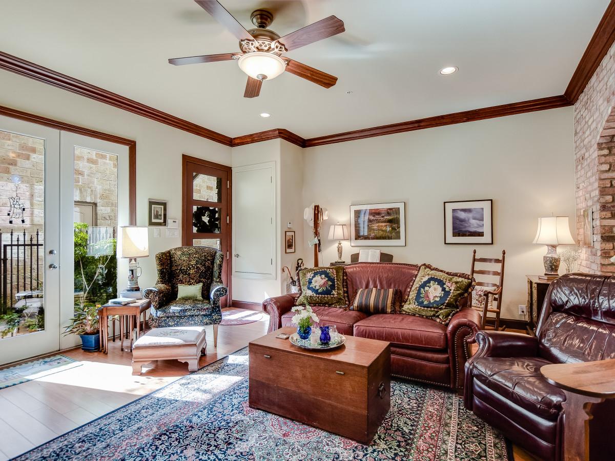 San Antonio house_1202 S Flores St 101