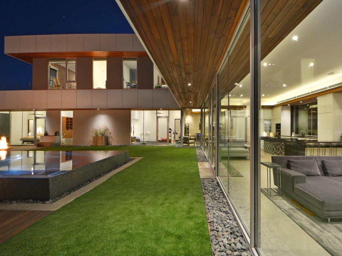 Austin house_303 Cedar Oak