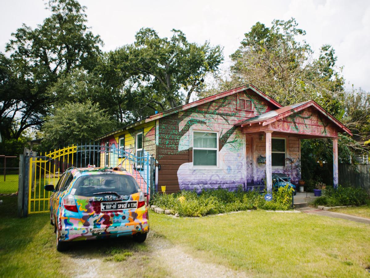 Weird Homes Tour 2017-Rebecca Lowe