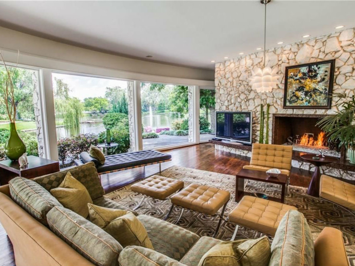 D Exhibition Zillow : Best zillow house images home living room snuggles design