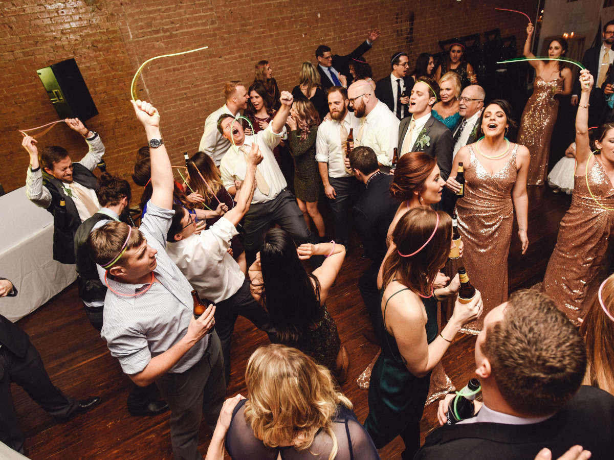 Beville Wedding, Dancing