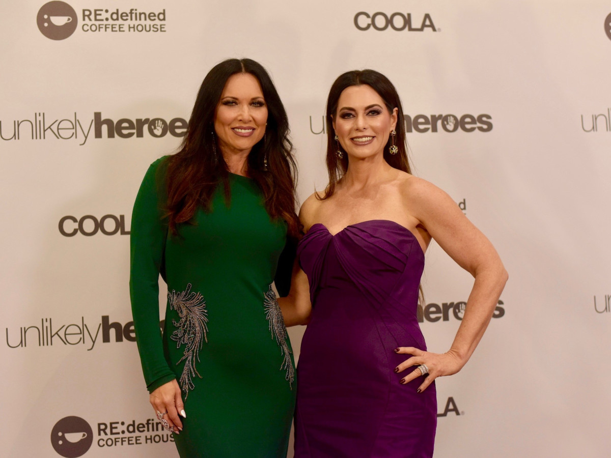 LeeAnne Locken, D'Andra Simons, Unlikely Heroes
