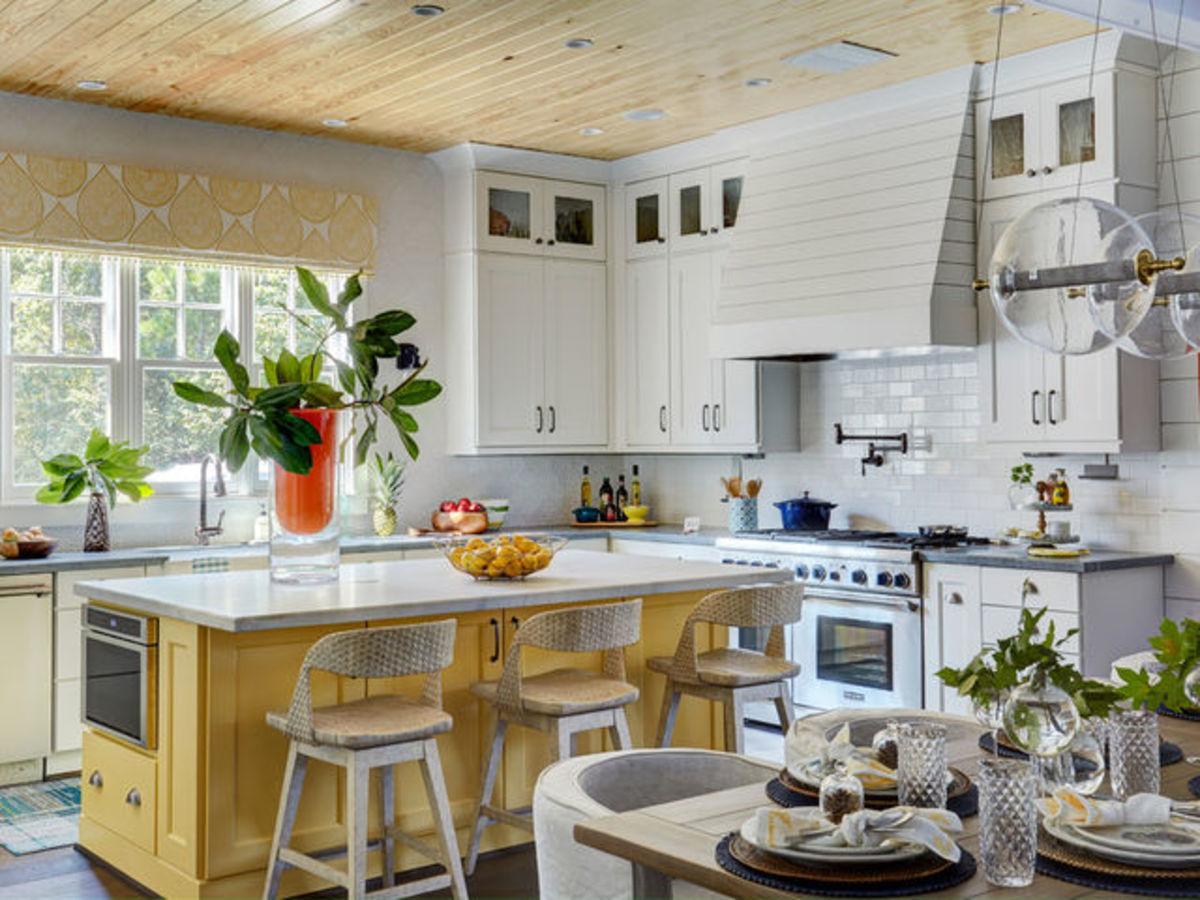 Houzz farmhouse kitchen yellow accents
