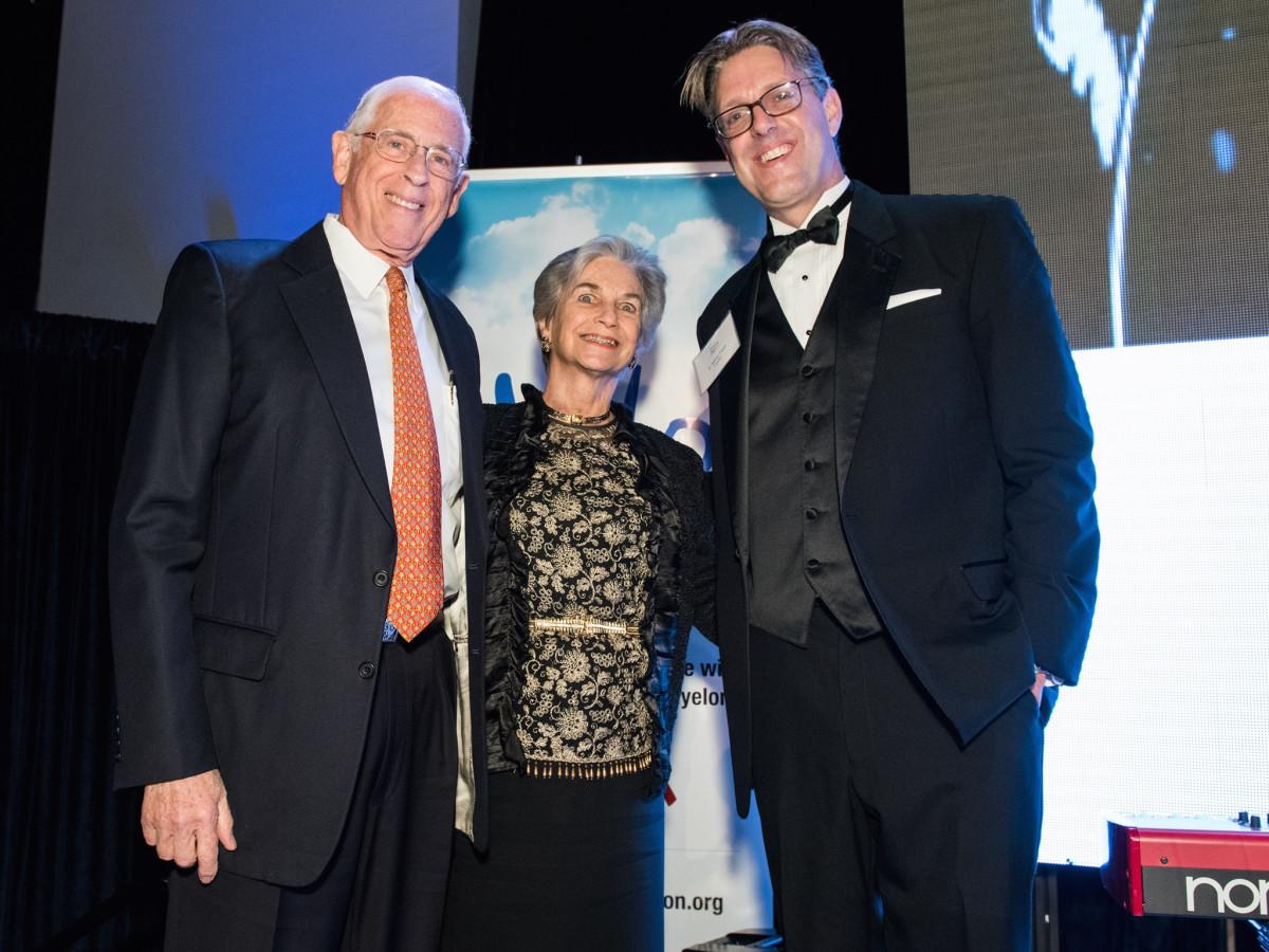 Halo House gala Dr. John and Ann Mendelsohn, Dr. Nathan Fowler