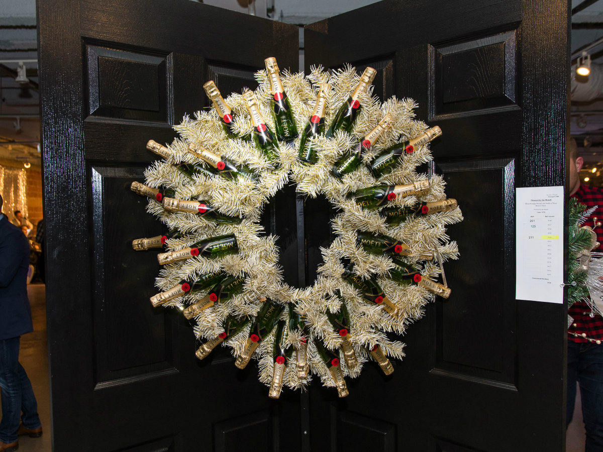 DIFFA Dallas Wreaths 2017